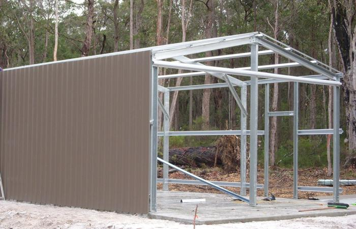 Double Garage Construction COLORSTEEL Sheeting